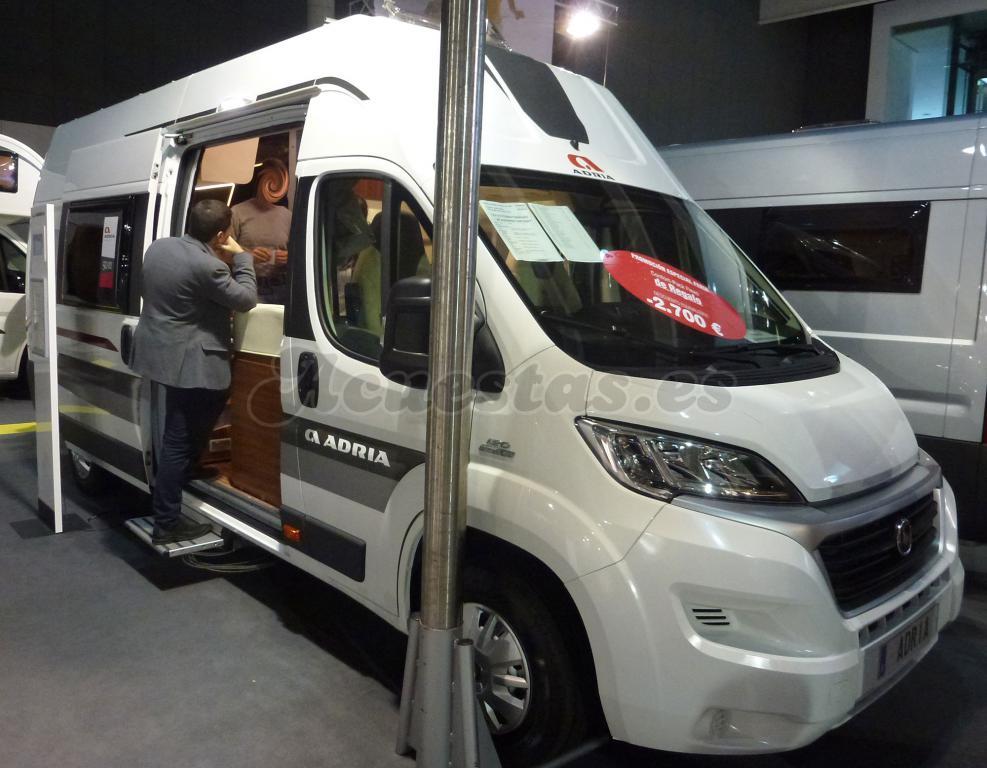 Adria Mini Van Twin SHX