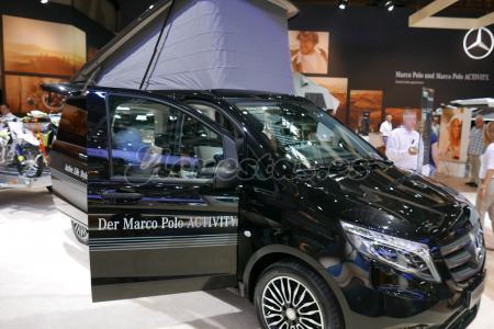 furgoneta camper mercedes marco polo. Black Bedroom Furniture Sets. Home Design Ideas