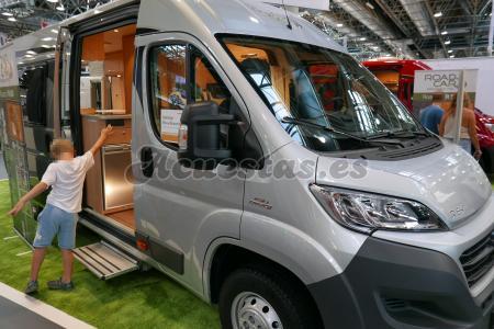 Roadcar R640