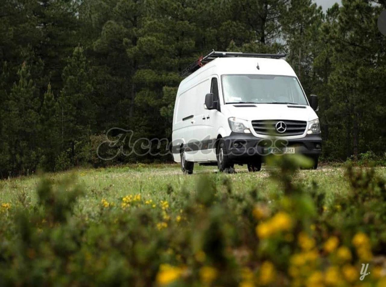 Furgoneta Mercedes Sprinter camperizada
